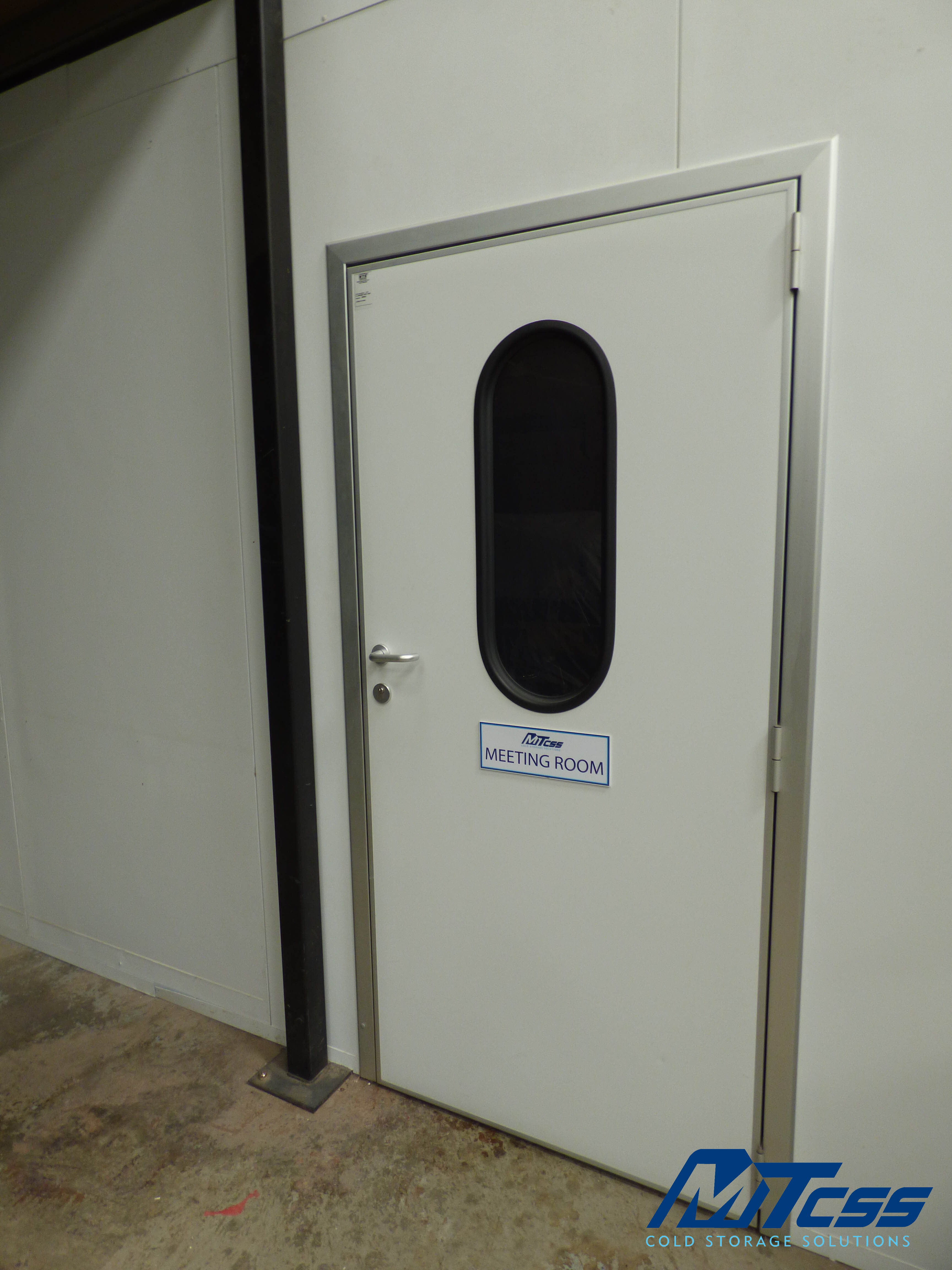 Different Types Of Insulated Doors For Your Cold Room